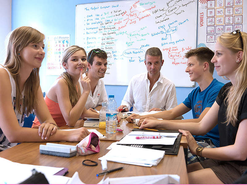 Polyglot School  - курсы английского языка